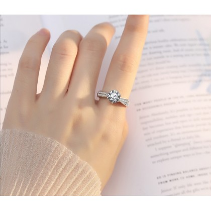 SERA 925 Genuine Silver Ladies Luxury Ring LR30