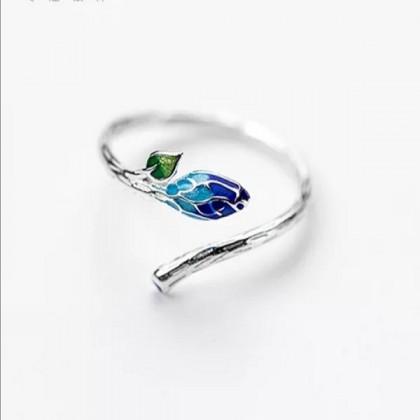 925 Sterling Silver Fashion Ladies Ring LRO21