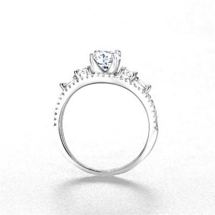 925 Sterling Silver Fashion Ladies Ring LR082