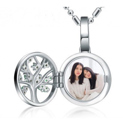 Engraved Photo Locket Silver Necklace Gifts For Mom